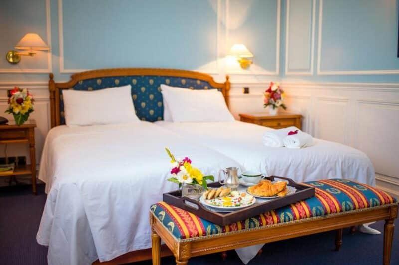 room of the Hotel Colbert - Spa & Casino in Antananarivo