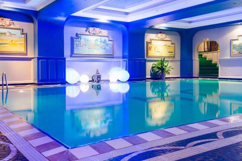 la piscine de l' Hôtel Colbert - Spa & Casino à Antananarivo