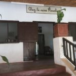 at the entrance to the hotel La Reine Rasalimo in Miandrivazo