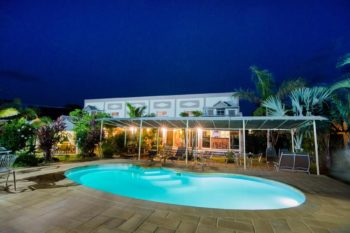 piscine nuit hotel la cigale foulpointe