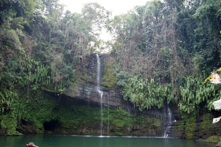 The Nosy Be waterfall, a small piece of the meeting