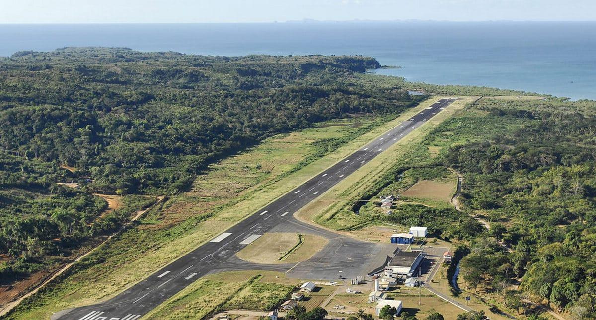 Bakchich airport nosybe