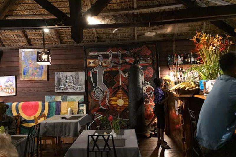 ristorante baobab ambatoloaka