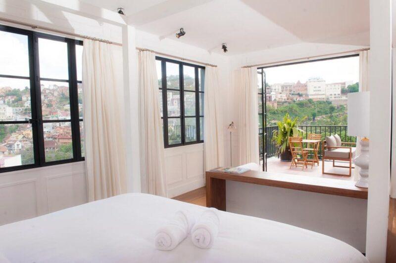 Chambre avec vue sur Tàna du Grand Hôtel Urban
