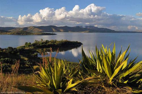 Le Tour du Lac Itasy