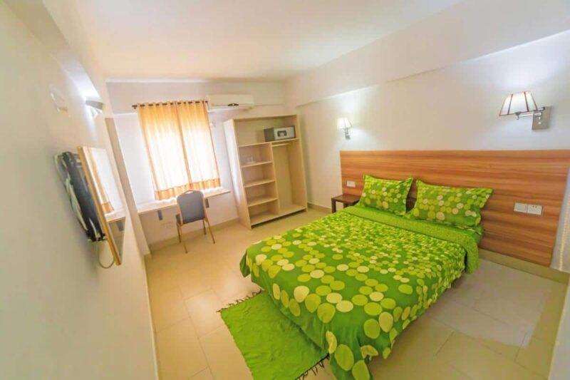 chambre double hotel nosy be tana