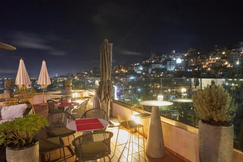 lounge tamboho suites antananarivo
