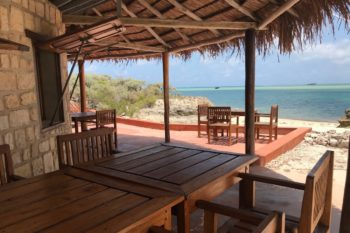Manga Lodge terasse Morombe Madagascar