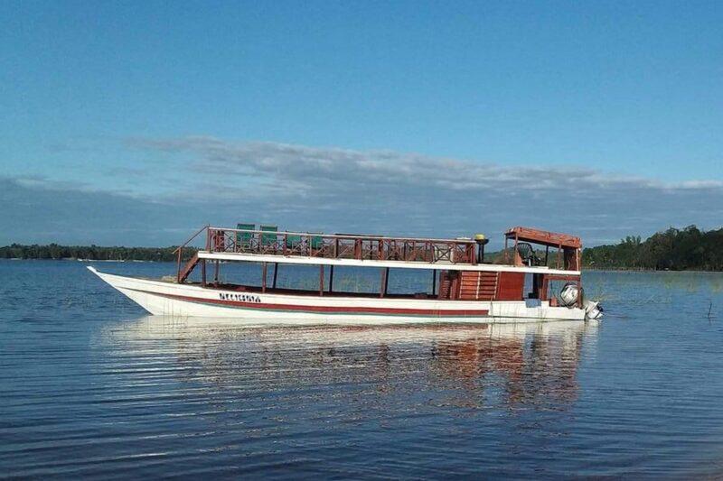 bateau acacias bungalows manambato pangalanes