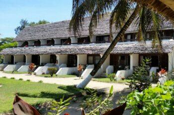 batiment chambres manda beach hotel foulpointe tamatave