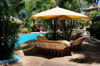 bord piscine hotel tropicana mahajanga