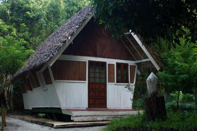 bungalow double acacias bungalows manambato pangalanes