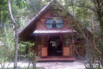 bungalow familial acacias bungalows manambato pangalanes