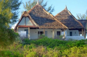 bungalow salary bay hotel tulear