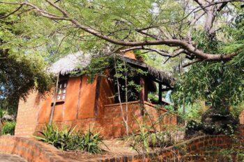 bungalow suarez hotel antsiranana diego-suarez