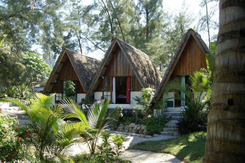 bungalows le nephentes tolanaro fort dauphin