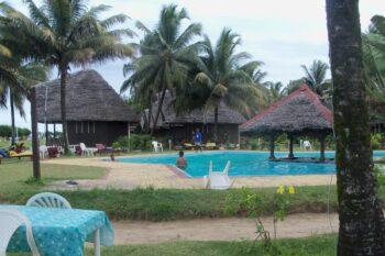 bungalows manda beach hotel foulpointe tamatave