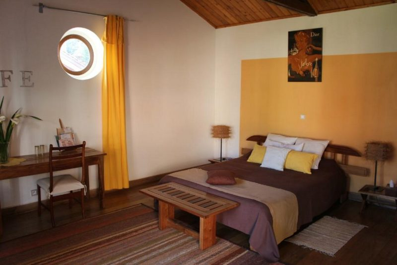 chambre double couleur cafe antsirabe