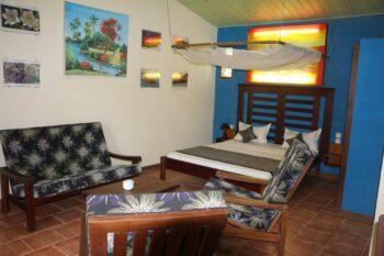 chambre double salon hotel de la baie antsiranana diego suarez