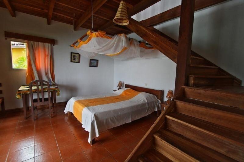 chambre mezzanine hotel lavasoa libanona tolanaro fort dauphin