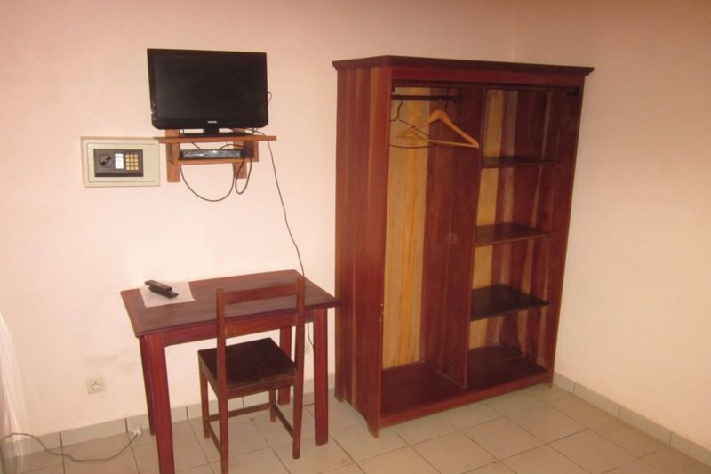 chambre residence kathyly antsiranana diego suarez