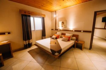 chambre suite moringa hotel tulear
