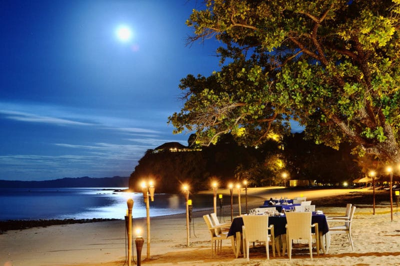 diner clair de lune andilana beach resort nosy be