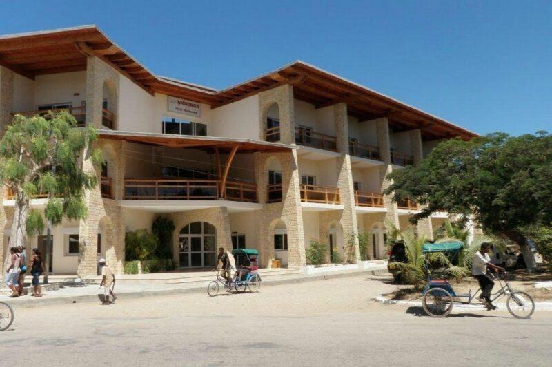 facade jour moringa hotel tulear