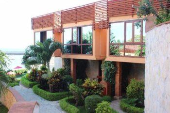 facade karibu lodge majunga