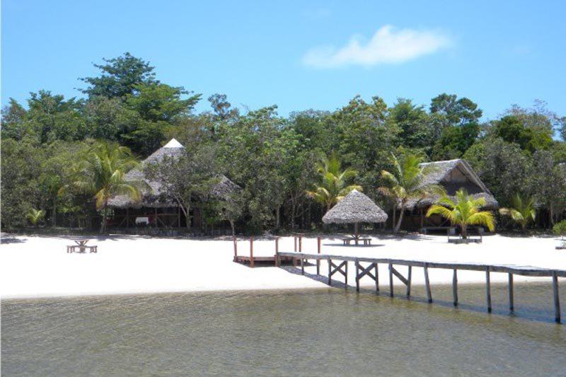 Hôtel des Pangalanes à Akanin'ny Nofy - Madagascar