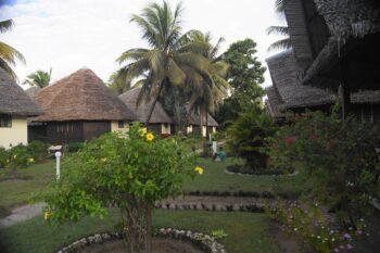jardin manda beach hotel foulpointe tamatave