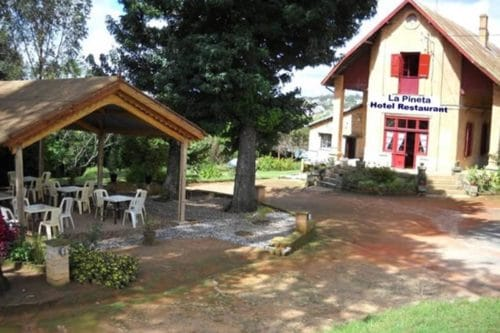 Hotel la pineta w Ambatolampy