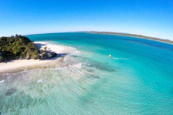 lagon et plage babaomby island lodge diego suarez