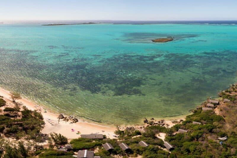 lagon vua aerienne babaomby island lodge diego suarez