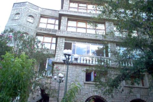 Hotel des hautes terres à Ivato - Antananarivo
