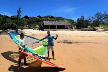 monteurs babaomby island lodge diego suarez