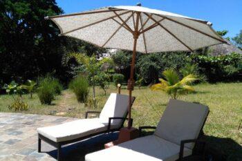 parasol piscine hotel lakana ramena antsiranana diego