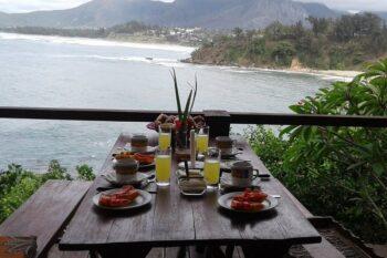 petit dejeuner hotel lavasoa libanona tolanaro fort dauphin