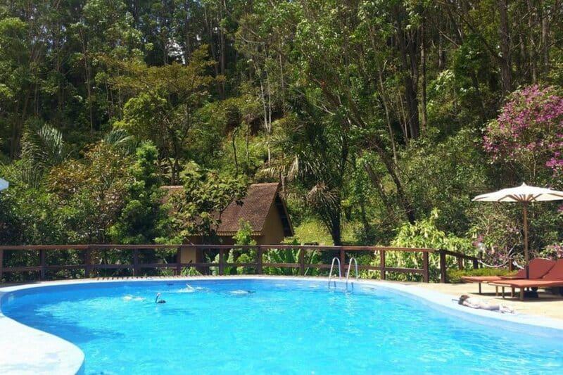 piscine et enfants vakona forest lodge andasibe