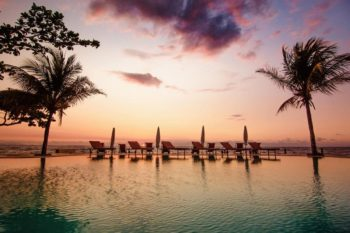 piscine soiree hotel arc en ciel dzamandzar nosy be