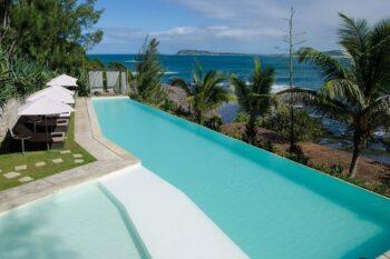 piscine talinjoo hotel tolanaro fort dauphin