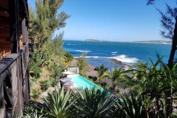 piscine vue chambres talinjoo hotel tolanaro fort dauphin