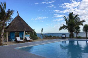 piscine vue mer le caliente beach ankilibe tulear