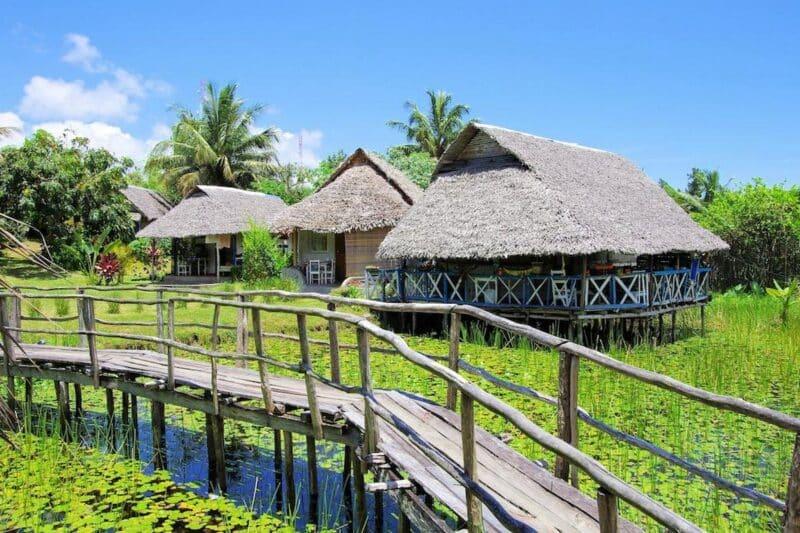 ponton lotus hotel le lagon foulpointe tamatave