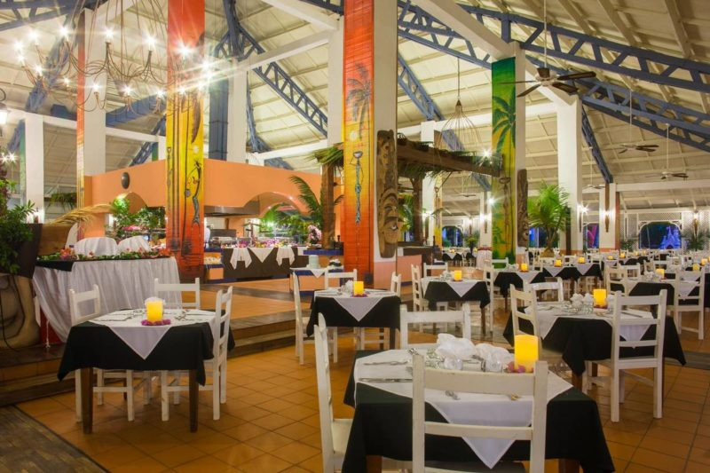 restaaurant andilana beach resort nosy be