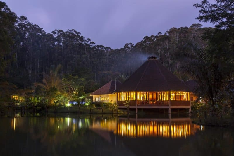 restaurant lac nuit vakona forest lodge andasibe