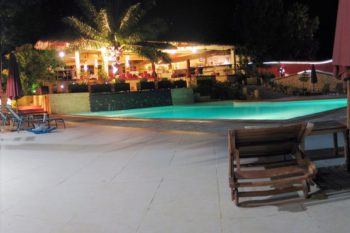 restaurant nuit hotel les roches rouges majunga