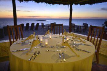 restaurant salary bay hotel tulear