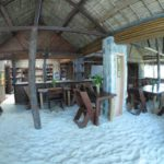 restaurant sambatra beach lodge sainte marie