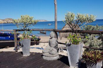 terrasse vue lagon residence eden ecolodge saint augustin tulear